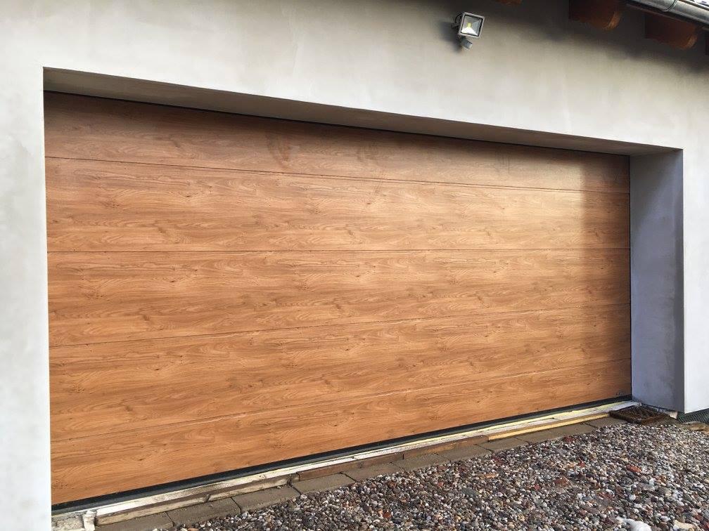 Brama garażowa segmentowa UniPro Wiśniowski | ADAMS | WIŚNIOWSKI Salon Partnerski | Bramy / Okna / Drzwi / Ogrodzenia - Sprzedaż | Montaż | Serwis - Żary, lubuskie