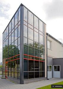 Fasada, fasady aluminiowe i stalowe, stolarka Wiśniowski. Adams Salon partnerski Żary