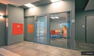 Ścianka, ścianki aluminiowe i stalowe, stolarka Wiśniowski. Adams Salon partnerski Żary